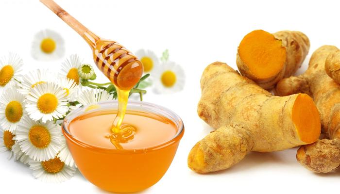 trị sẹo bằng mật ong và nghệ tươi