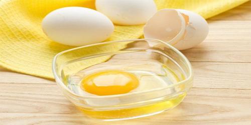 Tẩy lông tại nhà bằng trứng gà