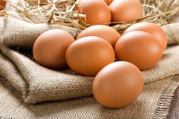 Không nên ăn trứng gà khi bị tàn nhang